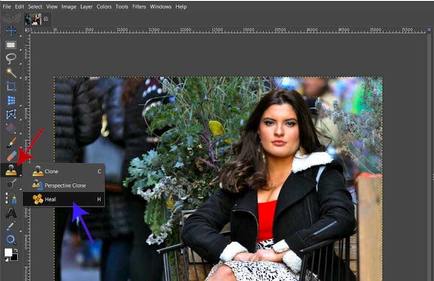 GIMP 2 10 18の修復ツールにアクセスする